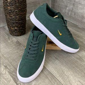 NWT Nike SB Zoom Bruin Shoes size 11